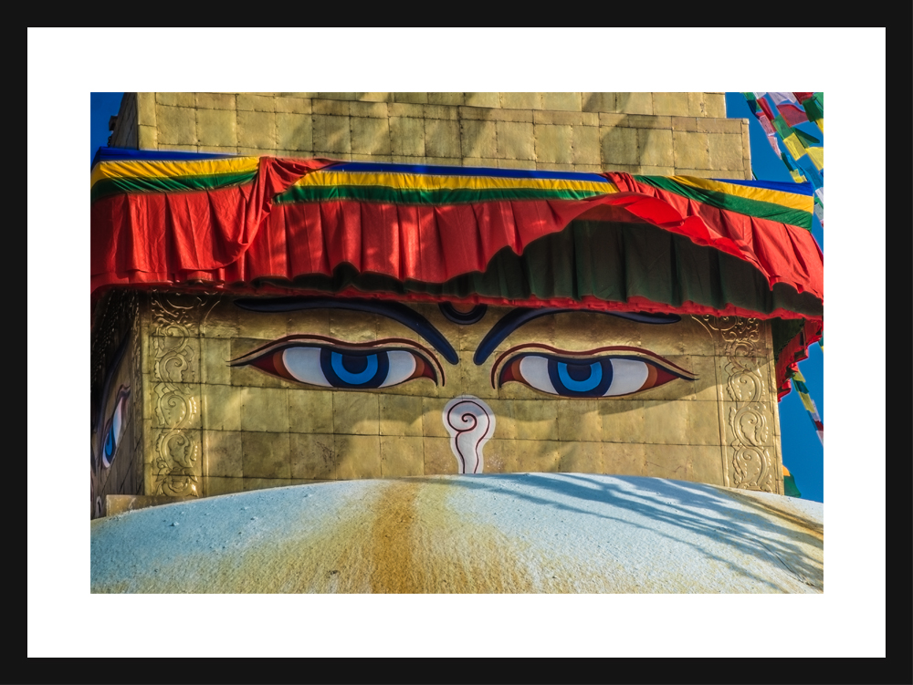 "The eyes of Buddha ""Boudha"""